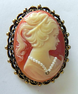 Vtg Detailed Celluloid Cameo w Pearl Necklace in Ornate Pendent Brooch Pin Frame