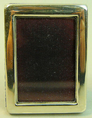 A Fine Elizabeth Ii Silver Easel Back Photo Frame, Sheffield 1982