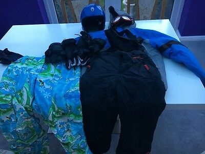 Kids Unisex skiing/snow boarding clothes, goggles and helmet