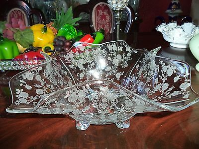 Cambridge Crystal Etched Rose Point 4 Toed Squared Bowl(Crimped Edge).......wow!