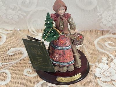 Duncan Royale Babouska of Russia 6 inch History of Santa Claus Figurine
