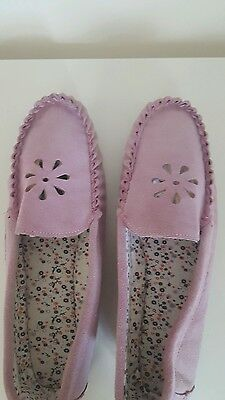 Ladies Pink Slippers size 8