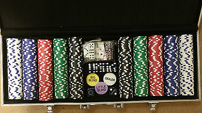 500 Piece clay poker chips set w/carrying case used light