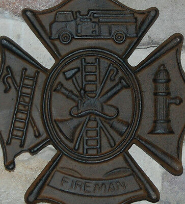 FIREMAN SIGN ~ Free S/H ~ Wall Plaque ~ NEW CAST IRON ~ FIRE FIGHTER GIFT