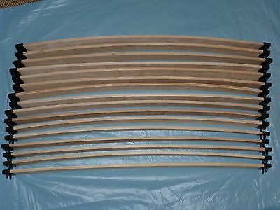 16 wooden curved sprung replacement bed slats - 910mm x 58mm