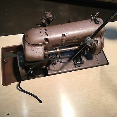 Industrial Sewing Machine Union Special 52900 bnz  -serger