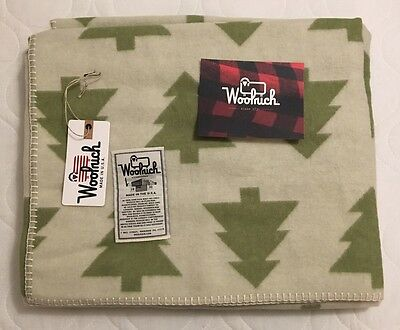 New! $190 Woolrich Forest Glen Wool Throw Blanket. White/Green Trees Made In USA