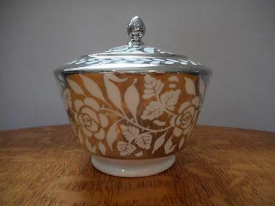 Wedgwood silver lustre pearlware roses sugar box and lid A5734 ca 1926
