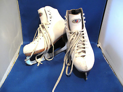 Girls Child size 2.5 2 1/2 Riedell Ice Figure Skating Skates leather Model 21