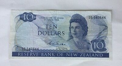 1975 – $10 Note Reserve Bank Of New Zealand Wilkes
