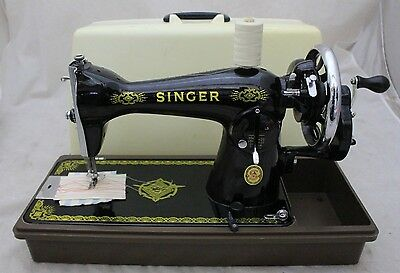 SINGER Hand Crank MANUAL Sewing Machine with Case - 250