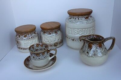 Honeycomb Fosters Pottery Set
