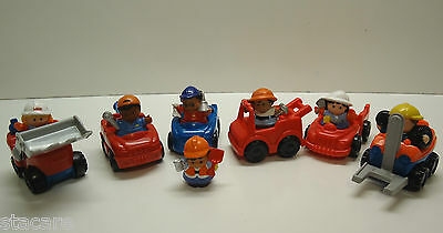 Fisher Price Little People CONSTRUCTION BUILDERS WITH VEHICLES & ACCESSORIES