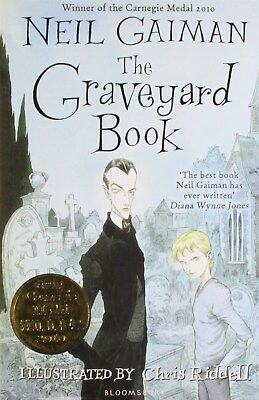 The Graveyard Book by Neil Gaiman (Illustrator: Chris Riddell) (Paperback Book)