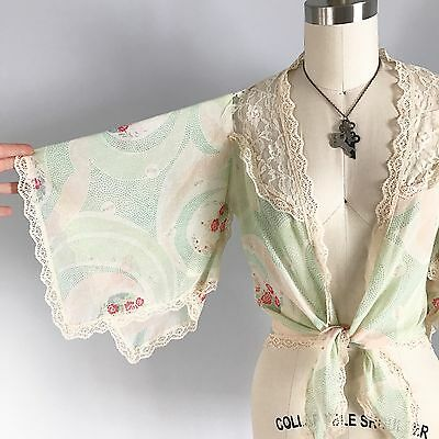 Stunning 1950's Semi Sheer Floral Bed Jacket Lace Handkerchief Sleeves Lingerie