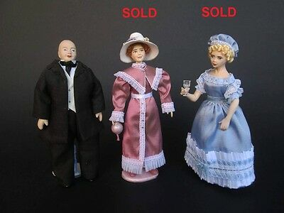 1820/1830 miniature dolls in 1:12 scale. Dollhouse dolls by Paola&Sara Miniature