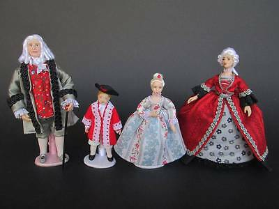1700 miniature dolls in 1:12 scale. Dollhouse dolls by Paola&Sara Miniature