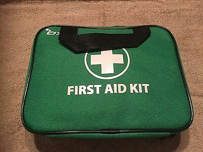 BRAND NEW - 100 Piece First Aid Kit in a bag - Green
