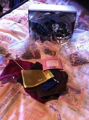 estate lot~ storage unit clean out (jewellery, Gift Bags, Photo Frame)