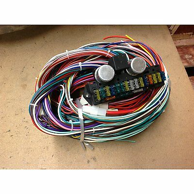 complete universal 12v 24 circuit 20 fuse wiring harness wire kit 24 circuit streetrod muscle car rat rod gm hot rod wiring harness