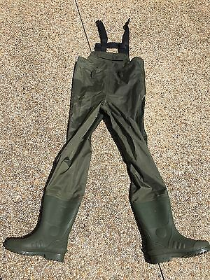 Fishing Wader Chest With Intergrated Boot Size 6