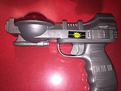 RARE WORKING 1970s 1980s IVADEN SPACE LASER GUN 1 I TOY PISTOL RAY FUTURISTIC