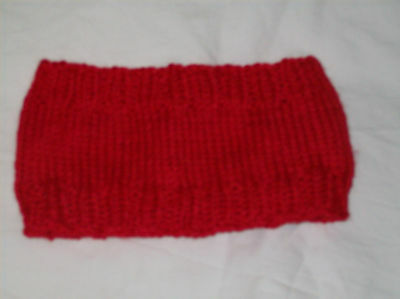 Girl's Red Hand Knit Headband -  Age 7 - 8 BNWOT