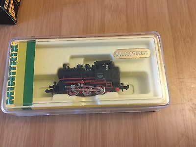 N Scale Minitrix Train Carriage And Two Trucks