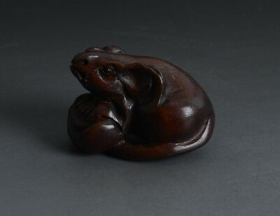 Chinese Handmade Carved Mouse Shape Full Relief Boxwood Talisman Pendant-JR11528