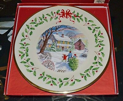 LENOX 2000 Annual Holiday Collector Plate Bringing Home Christmas Limited Ed.
