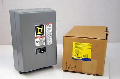 Square D 12 Pole Lighting Contractor Relay w/ Enclosure