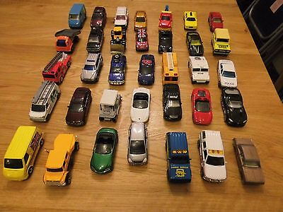 LARGE JOBLOT OF MATCHBOX TOY DIECAST CARS x35