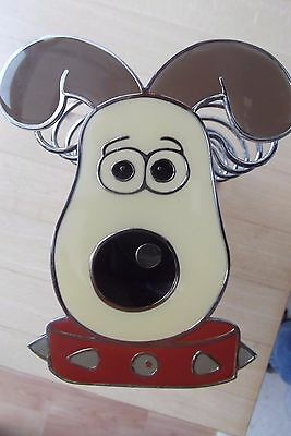 WALLACE & GROMIT  SHAPED TOAST RACK in Chrome