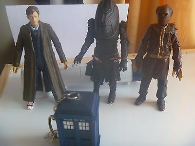 Dr Who figures + playing cards + dog