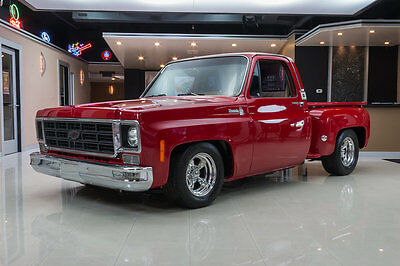 1977 Chevrolet Silverado 1500  Fully Restored! GM 572ci Crate Engine (620hp), TH400 Auto, GV Overdrive & More!