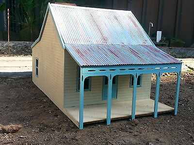 G (1/29 ) scale laser cut  country cottage building kit.