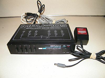 Roland MPU-105 Midi Output Selector / Midi Patchbay With Cords