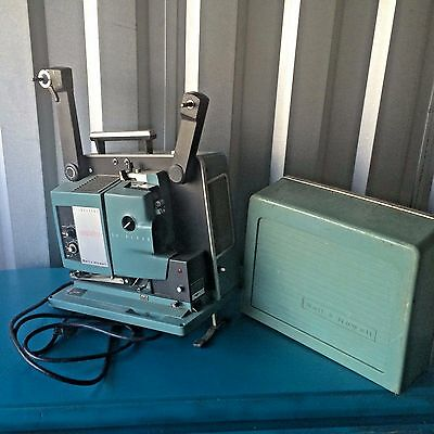 Vintage Bell & Howell 550 Filmosound Specialist 16mm Film Projector ~ Untested