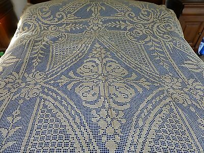 Large vtg antique style handmade Burrato / filet lace tablecloth / bedspread