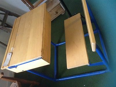 *FREE UK MAINLAND DELIVERY*** Pine Vintage Style Child's Desk & Chair