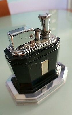 VINTAGE A.M.W. TOUCH-TIP RONSON  LIGHTER OCTETTE BLACK  in very good condiction