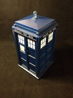 DOCTOR WHO 9th DOCTOR & ROSE TYLER TARDIS MONEY BOX COLLECTABLE