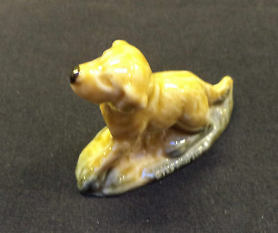 Wade Whimsie Labrador/Retriever Dog, c1970s Collectable Pottery (unboxed)