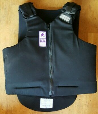 Rodney powell body protector size 3ww adults small extra wide.