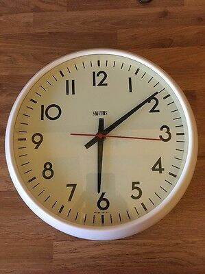 Smiths Electric Wall Clock Retro School/ Office Clock