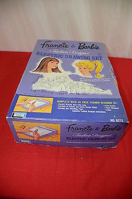 Francie and Barbie Fashion Designer Electric Drawing Set 8272 Lakeside Toys #900
