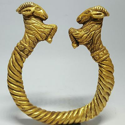 Fantastic  Solid Gold Bracelet With 2 Rams  Heads 54 Grams