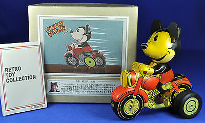 Blech Young Epoch Aufziehfigur / Wind-up Mickey Mouse + Motorrad / on Motorcycle