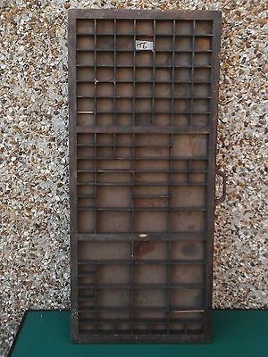 Vintage PRINTERS / Letterpress TRAY with a Metal Handle (t6)