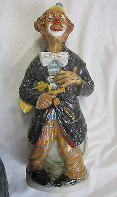 VINTAGE CERAMIC HAND PAINTED CLOWN FIGURINE TRUMPET 41CM High OVAL BASE ITALY